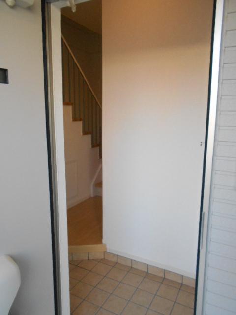 セイバリー R 03020号室の玄関