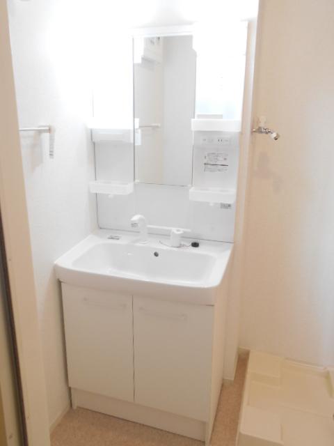 セイバリー R 03020号室の洗面所