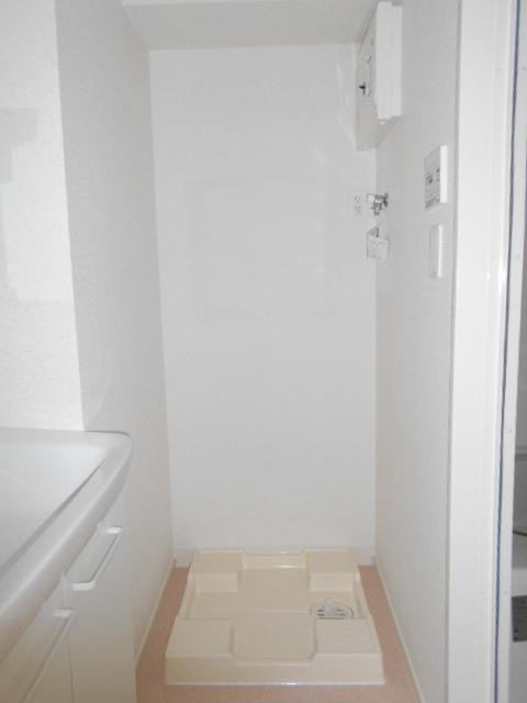 ボナール レジデンス中央 03020号室の洗面所