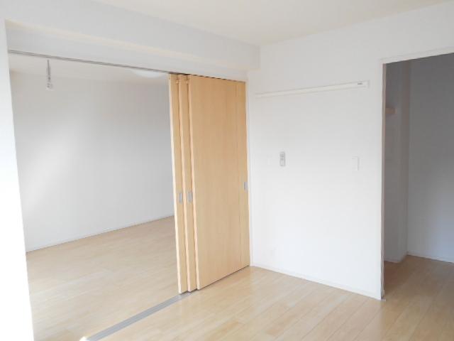 ボナール レジデンス中央 03020号室のベッドルーム