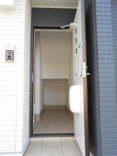 ボナール レジデンス中央 03020号室の玄関
