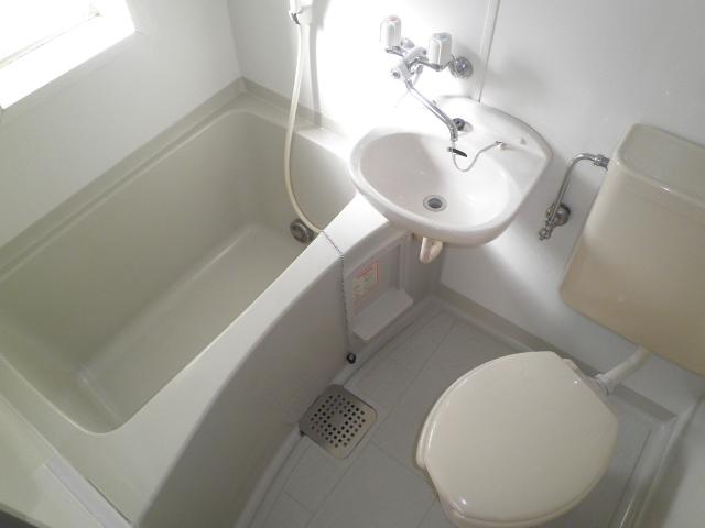 サンハイツ南浦和 201号室の風呂