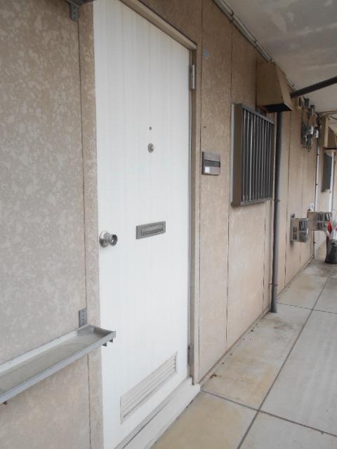 スカイハイツ古川 203号室のエントランス