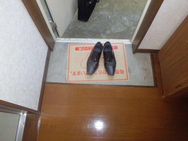 リレイション杉田Ⅱ 202号室の玄関