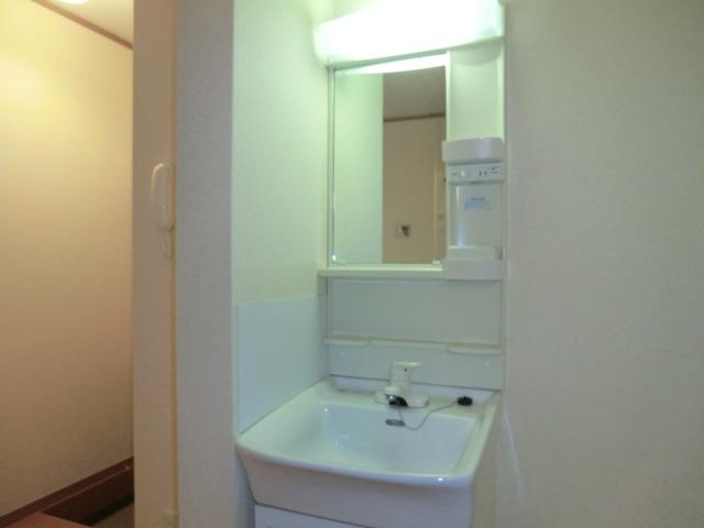 K'Sコート 101号室の洗面所