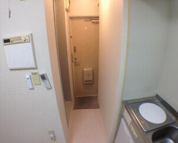 インデンス三軒茶屋Ⅲ 202号室のバルコニー