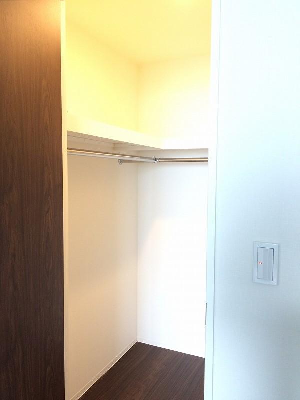 シティタワー武蔵小杉 5210号室の収納
