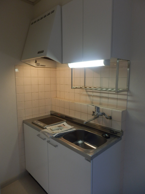 フローラ都立大学 202号室のキッチン