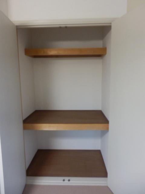 フローラ都立大学 202号室の収納