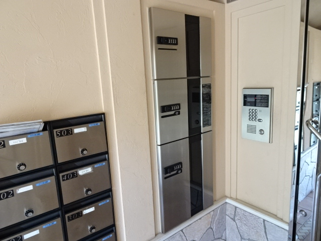メゾンドール 303号室のセキュリティ