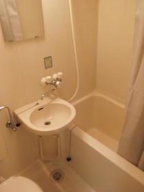 コーポイング 202 202号室の洗面所