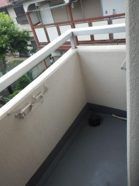 シティコア上野毛 301号室のバルコニー