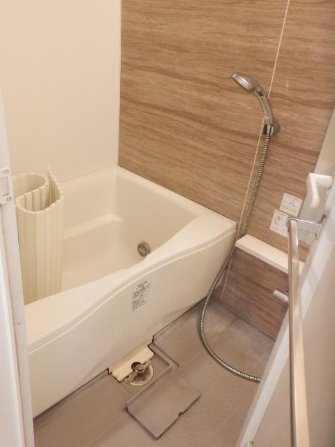 プレミアムコート都立大学 505号室の風呂