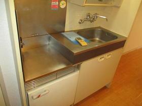 ユースフル武蔵小杉 203号室のキッチン