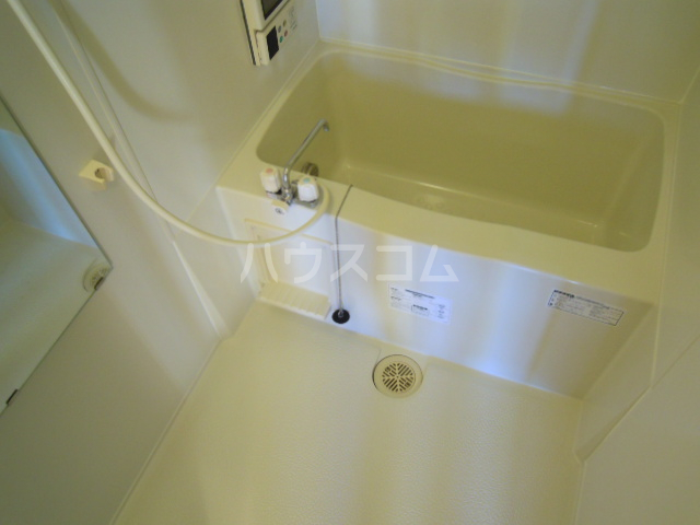 ソレイユ・メゾンB 101号室の風呂