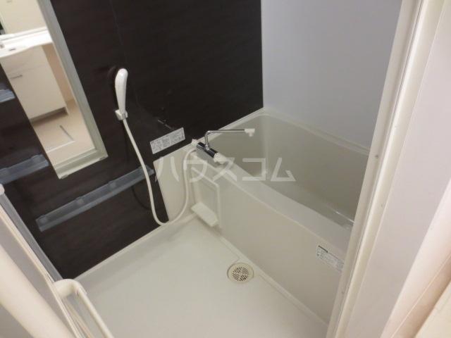 アリエル 202号室の風呂