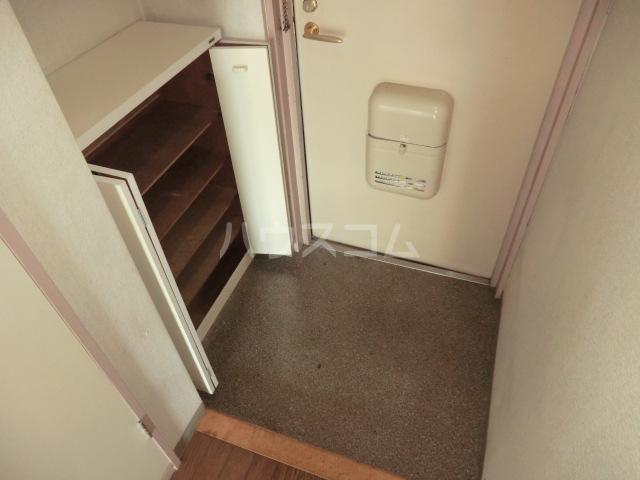 グレース・トーエイ 402号室の玄関