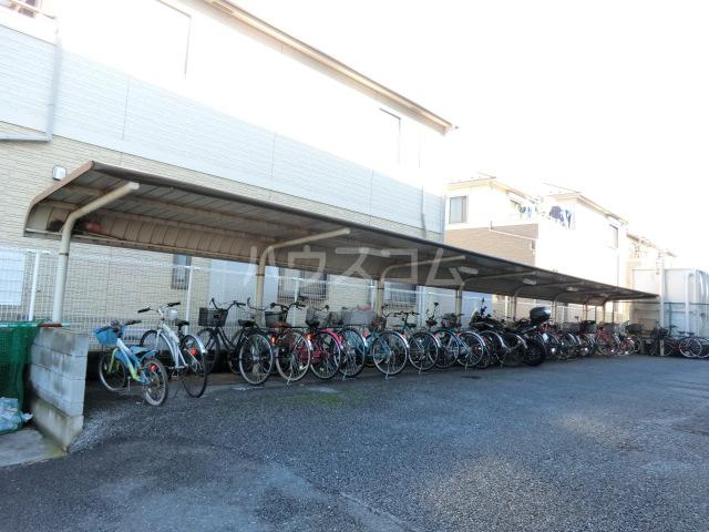 グレース・トーエイ 402号室の駐車場