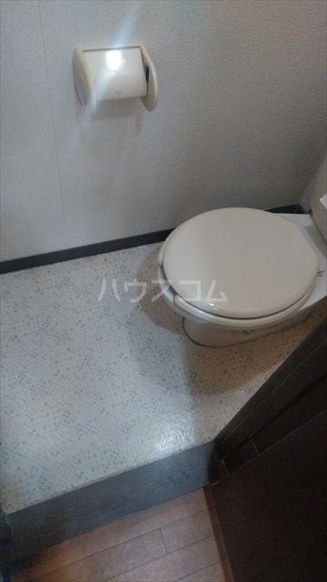 ハミング塚越 103号室のトイレ