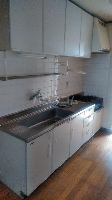 オフコーポ日暮Ⅱ 103号室のキッチン