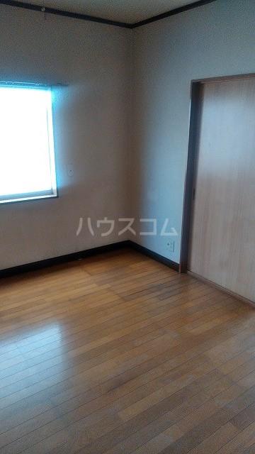 オフコーポ日暮Ⅱ 103号室の居室