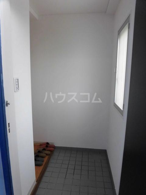 岸町コーポ 503号室の玄関