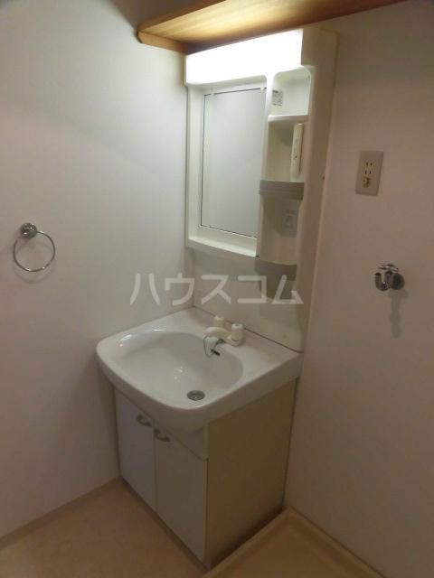 岸町コーポ 503号室の洗面所