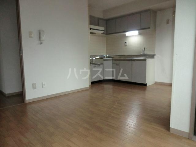 新田第9ビル 202号室のキッチン