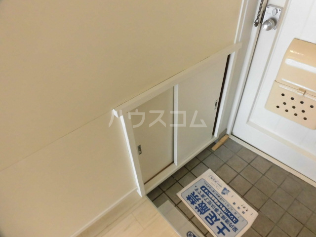 コーポ浜田 205号室の玄関