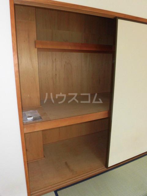 カーザ・ディ・ルーチェ 202号室の収納