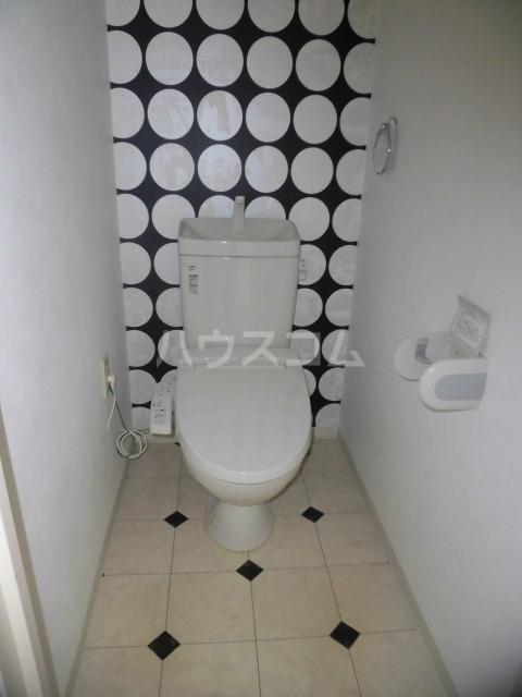 カーザ・ディ・ルーチェ 202号室のトイレ