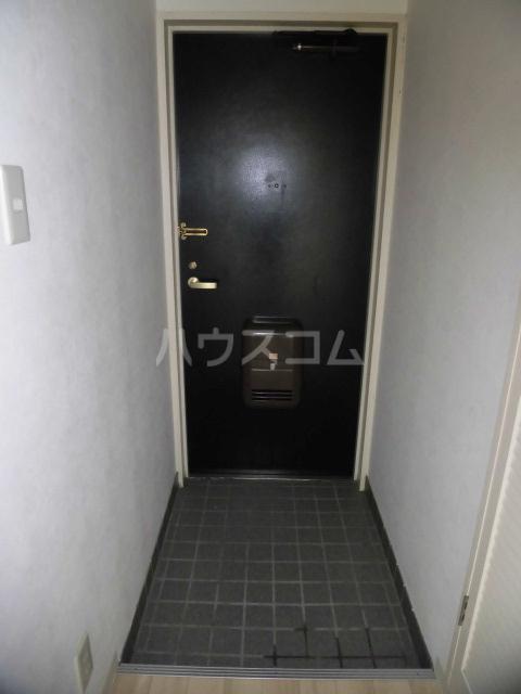 カーザ・ディ・ルーチェ 202号室の玄関