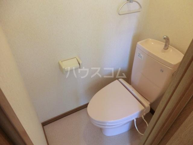 KKハイツ 202号室のトイレ