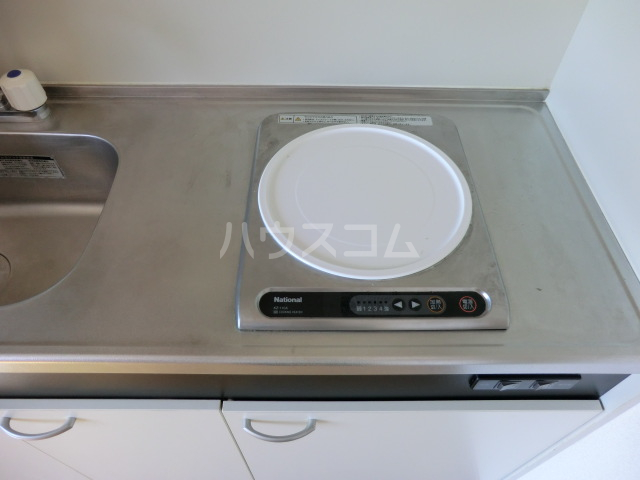 KKハイツ 202号室のキッチン
