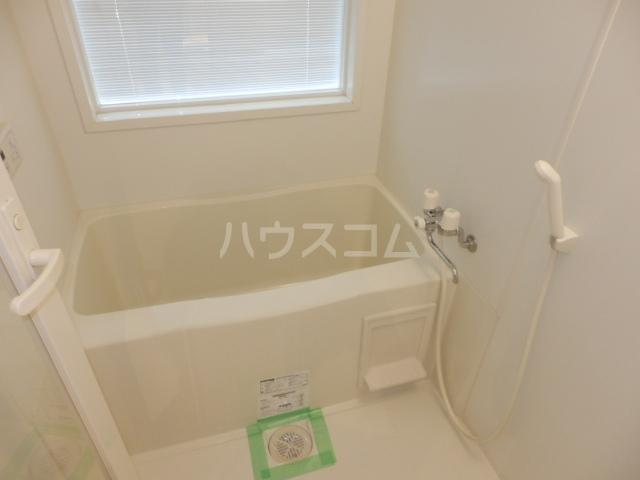 リブシス浦和 503号室の風呂