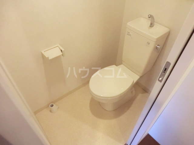 Comodo Vita 802号室のトイレ