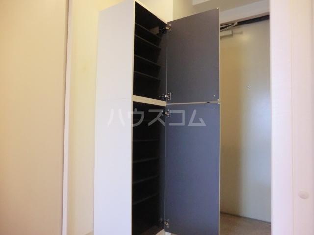 Comodo Vita 802号室の玄関