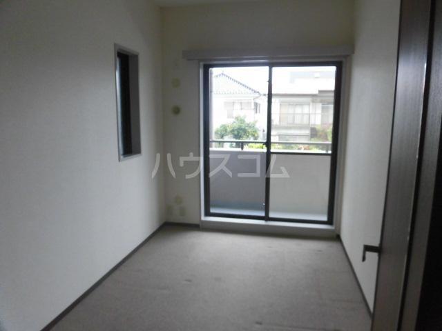 レジデンス浦和 202号室の居室