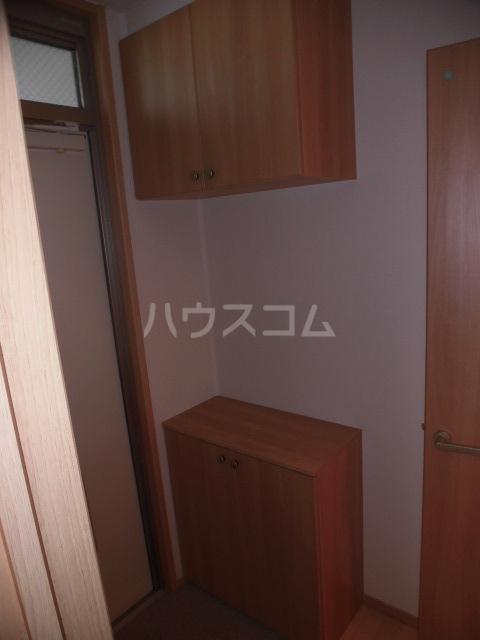 セントメゾン 202号室の収納