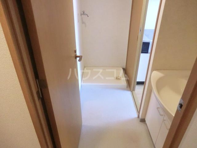 ミレニアム北浦和 B棟 207号室の洗面所