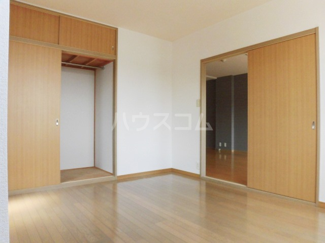 レジデンス・ツジムラⅢ 101号室の居室
