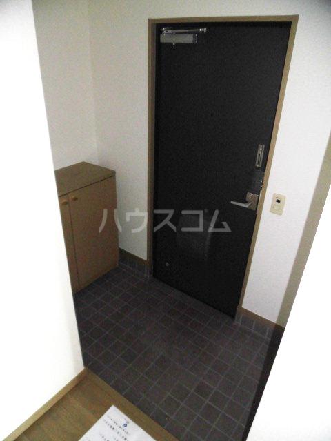 レジデンス・ツジムラⅢ 101号室の玄関