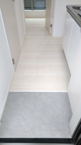 MARCH与野 203号室の玄関