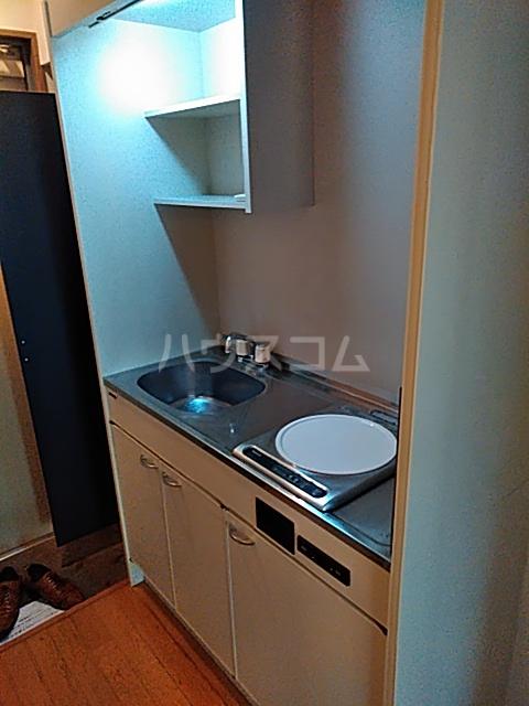 ルピナス船橋 303号室のキッチン