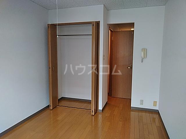 ルピナス船橋 303号室の居室