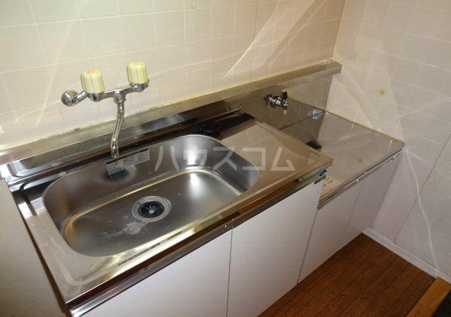 第11メゾンエステルナ 103号室のキッチン