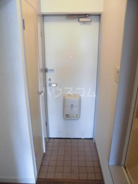ハイツKOBA 202号室の玄関