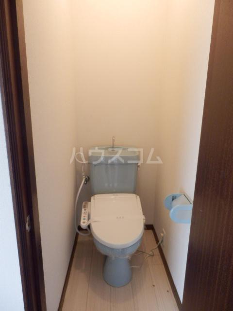 アーベント佐鳴台 201号室のトイレ