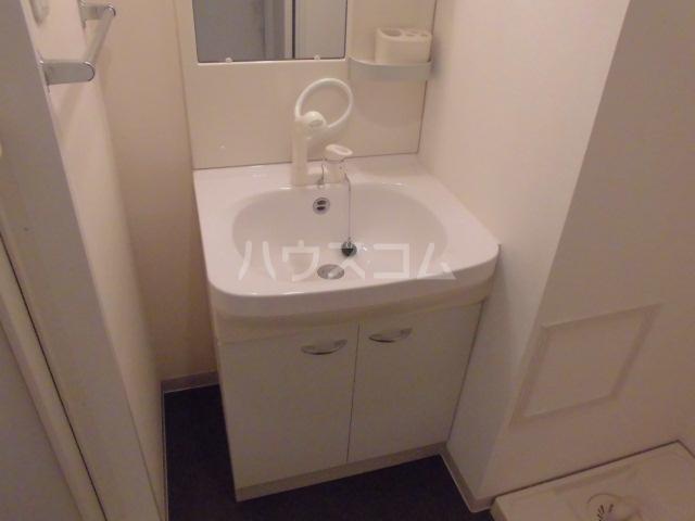 アマーレ東海通 905号室の洗面所