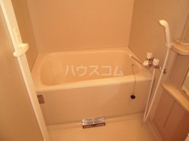 アマーレ東海通 905号室の風呂